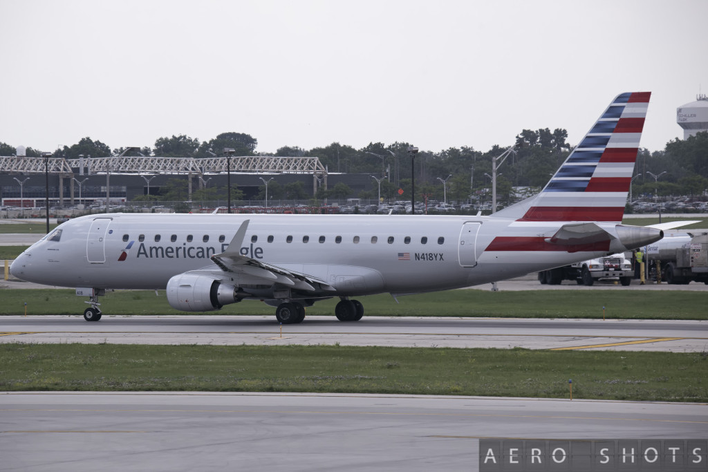 American_AA_Embraer_175_N418YX_Chicago_Ohare_ORD